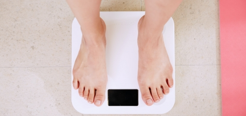 Body mass index and risk of COVID ‐19 across ethnic groups: analysis of UK Biobank study